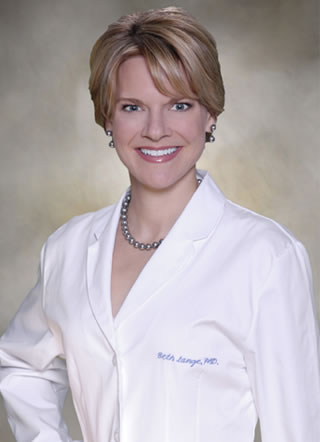 As an expert in skin care and product innovation, Dr. Beth Lange serves as Chief Scientific Officer at Mary Kay.