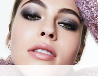 Model wearing a smoky eye from the Updated Smoky Eye makeup artist look by Mary Kay makeup artist Keiko Takagi.